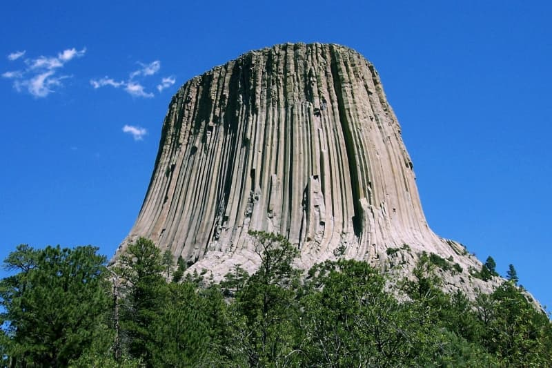 Devils_Tower_CROP-800x533.jpg